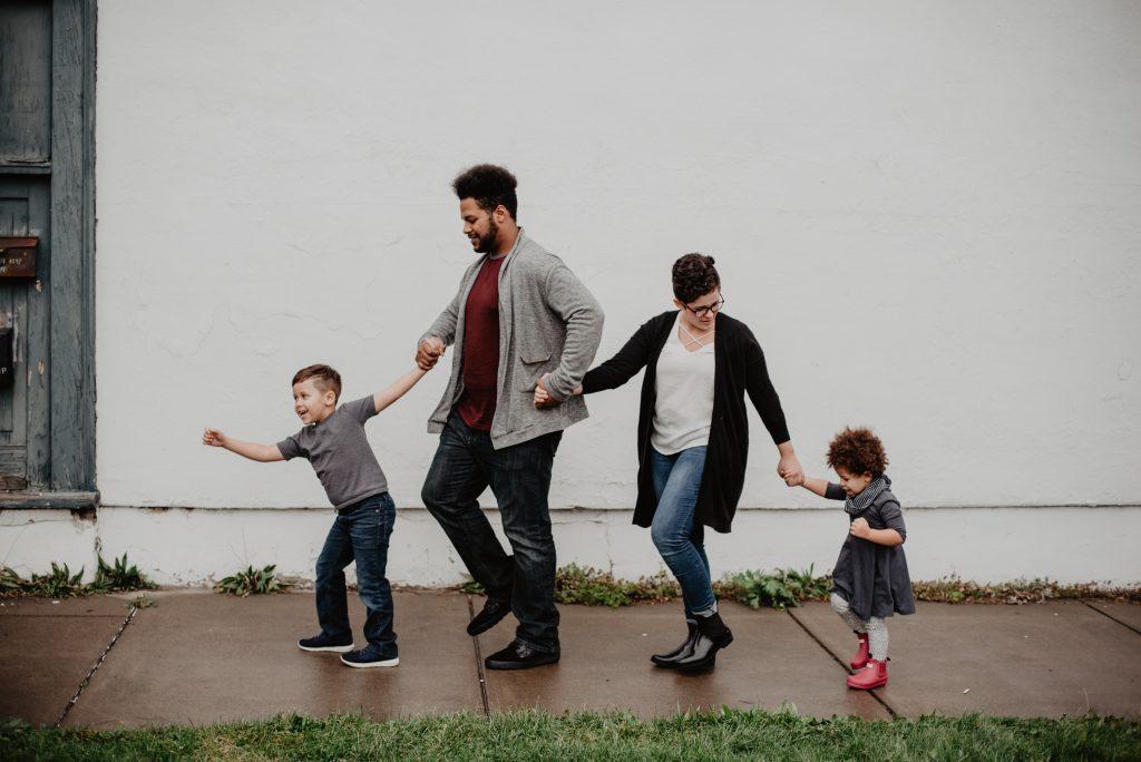 familia de paseo